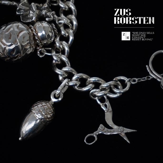 Charm-Bracelet-Padlock-04.jpg