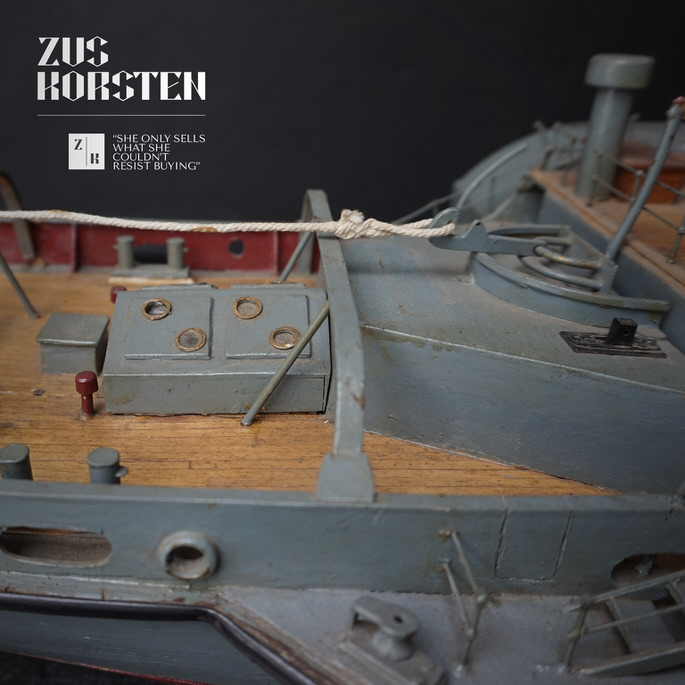 Boat-09.jpg