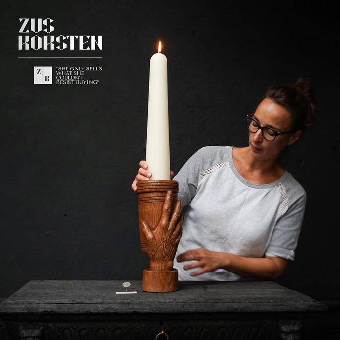 Hand-Candleholder-02.jpg