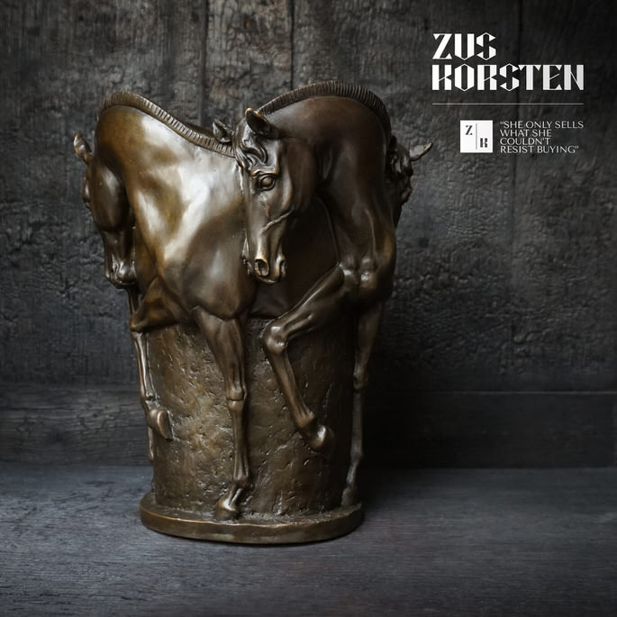 Horse-Vase-01.jpg