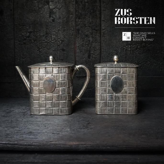 Tea-Pots-Silver-01.jpg