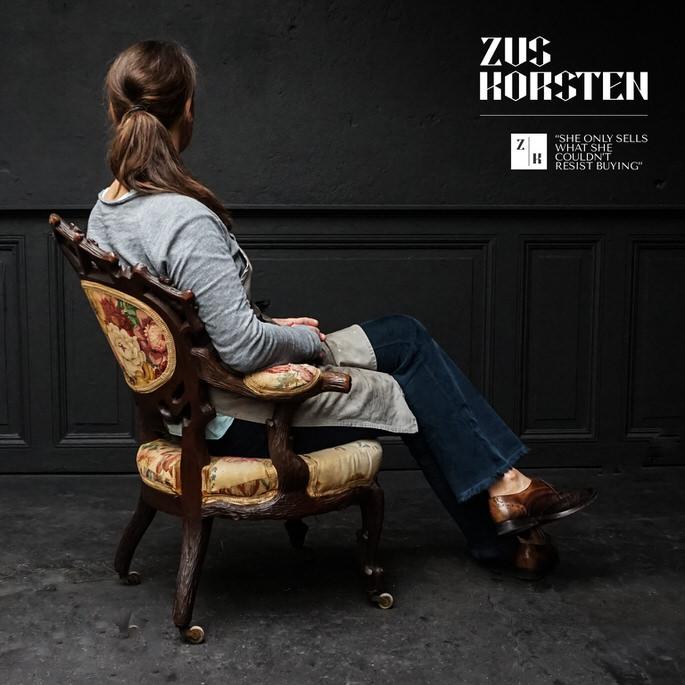 Schwarzwalder-Chair-01.jpg