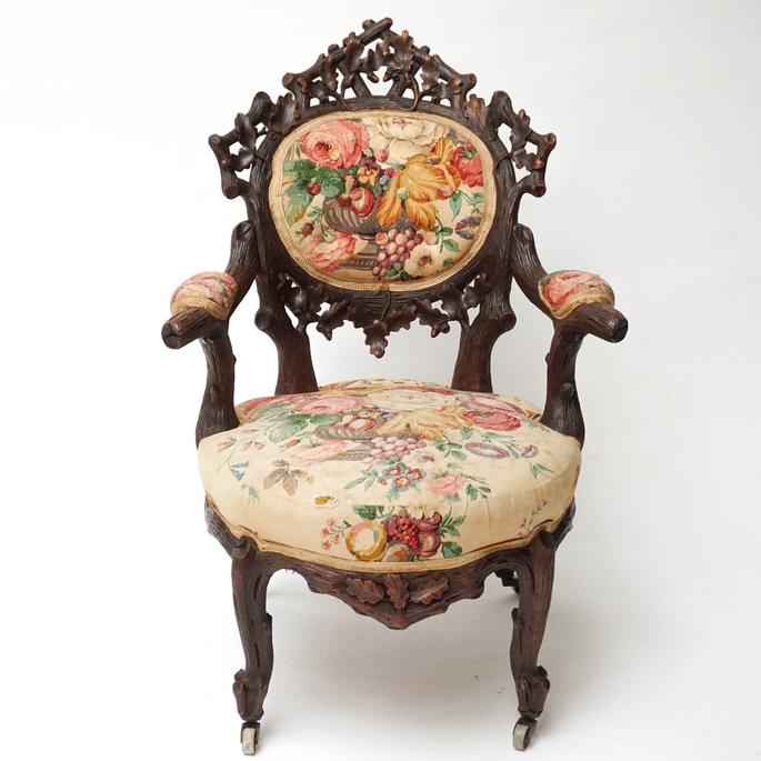 Schwarzwalder-Chair-CLIP.jpg