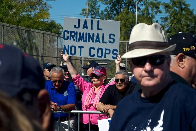 "Photos: ""Honor Our Police"" Rally On Staten Island Draws Hundreds   Gothamist: 28 Sep 2014"