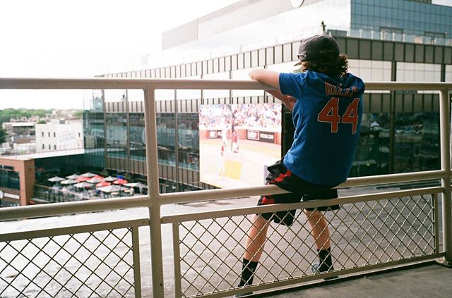 Surprisingly decent Wrigley view. . #Cubs #Chicago #WindyCity #NorthSide #Cubbies #GoCubsGo #ThatsCub #GhostCubs #ZombieCubs #BillyGoat #1908 #Wrigley #WrigleyField #Baseball . #Film #FilmIsNotDead #ShootFilm #35mm #Fuji #Fujifilm #Fujicolor #Fujicolor200 #FujicolorC200