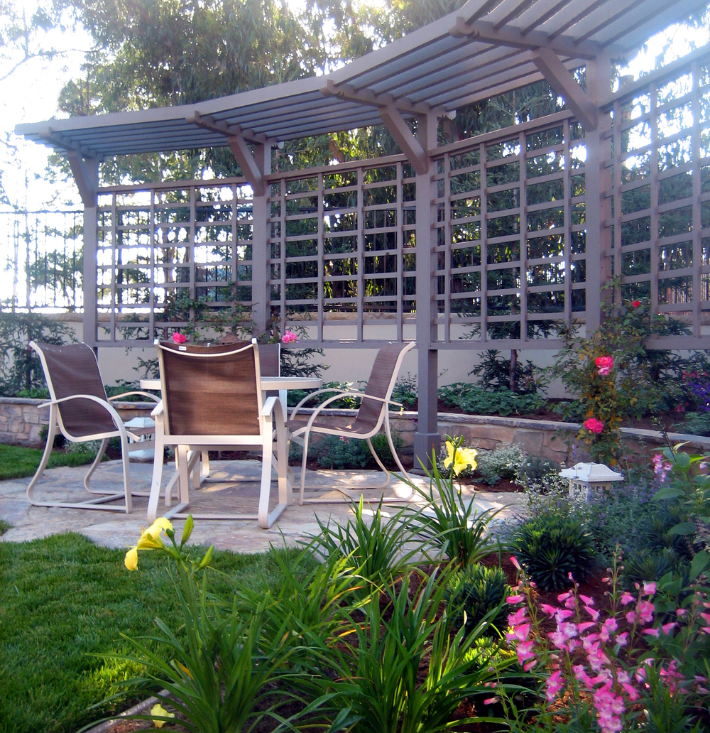 Arbor with seating