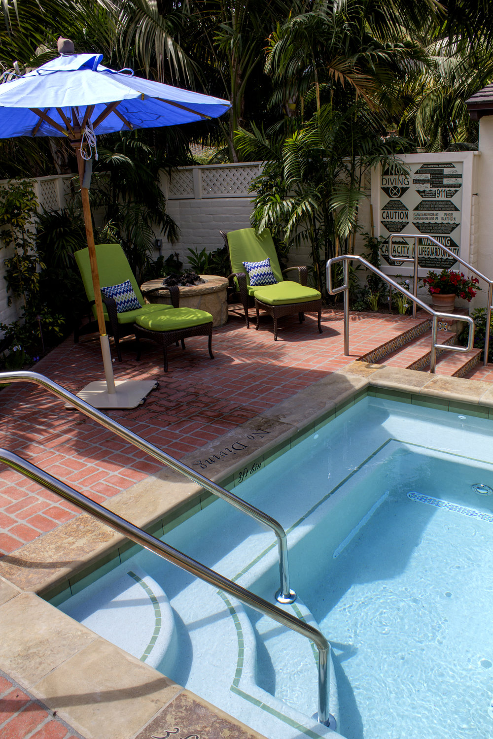 Spa_patio_IMG_0024.jpg