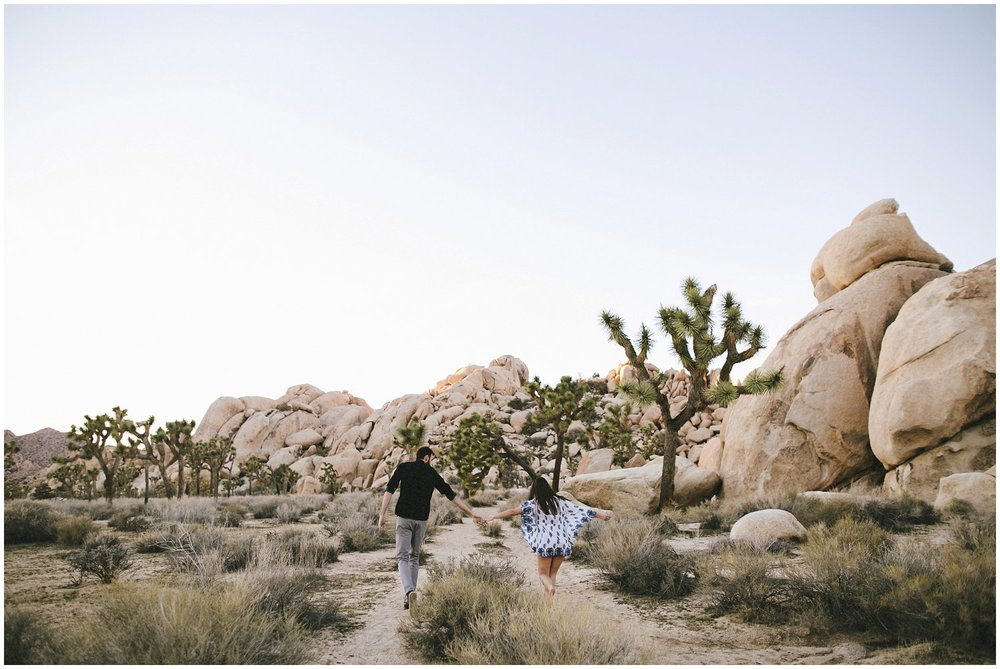 joshuatree_weddingphotographer_destinationweddingphotographer_emilychidesterphotography_0036.jpg