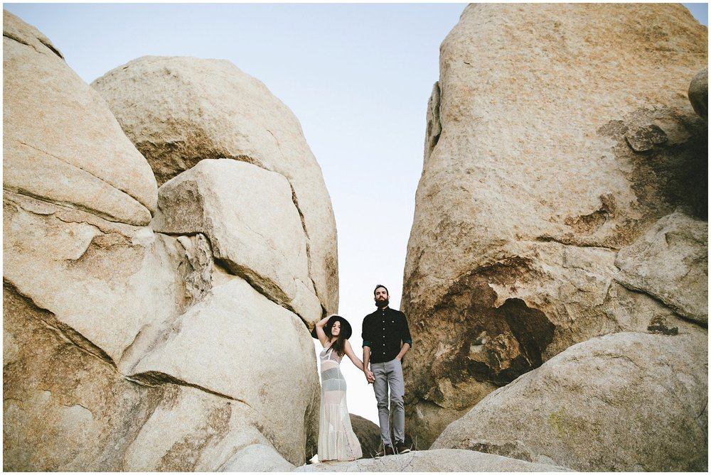 joshuatree_weddingphotographer_destinationweddingphotographer_emilychidesterphotography_0038.jpg