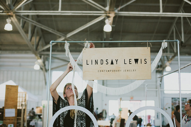 CREATIVE FLAIR : LINDSAY LEWIS | BY INBETWEEN THE CURLS