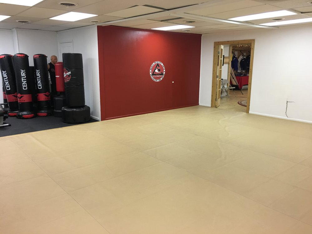 Small Mat Room -