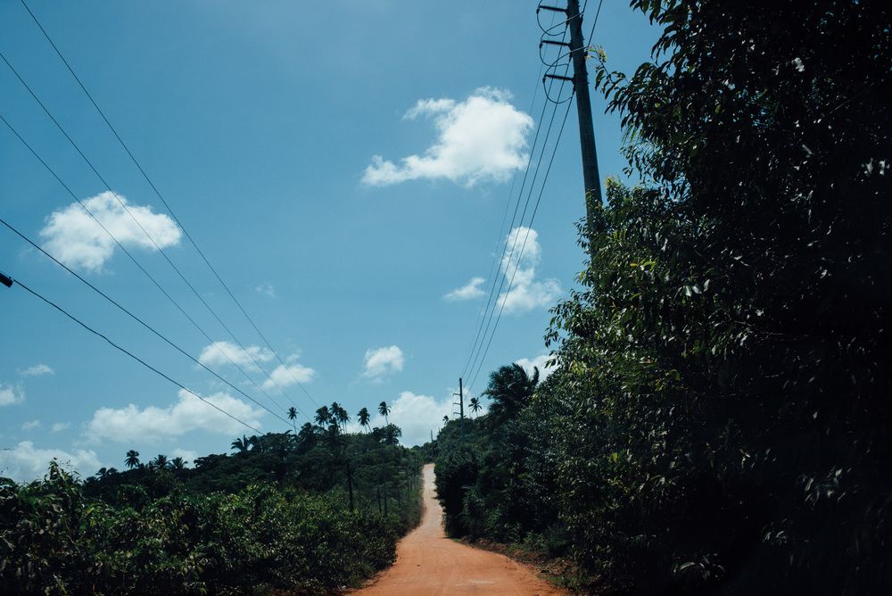 One of the many side roads to get to the Irma Dulce projects in Joao Pessoa.