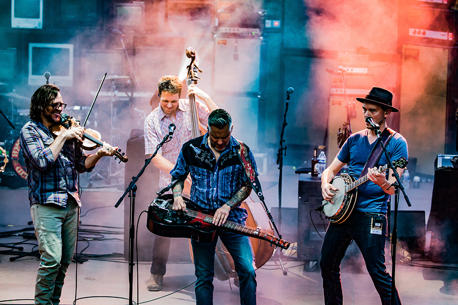 The Infamous Stringdusters-28.jpg
