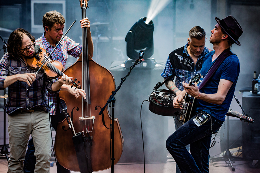 The Infamous Stringdusters-30.jpg
