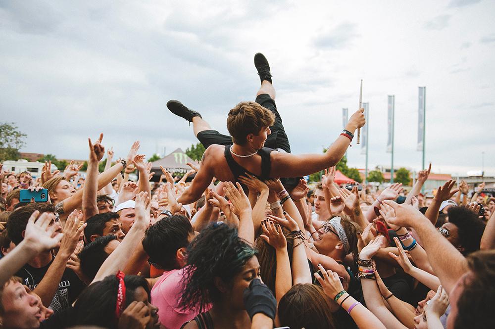 2015 Crowd - Shannon Shumaker.jpg
