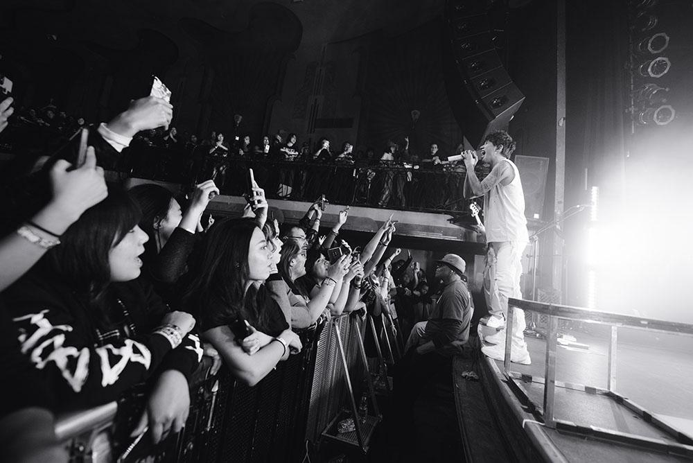 ONE OK ROCK-10 copy.jpg