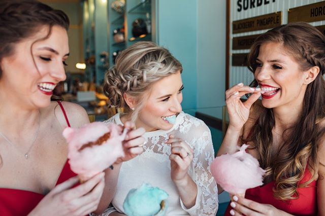 How CUTE is this shot from the @rockymtnbride Spring and Summer 2018 issue! Stay tuned for more SWEETNESS at @sweetcooiesic ⠀⠀⠀⠀⠀⠀⠀⠀⠀ ⠀⠀⠀⠀⠀⠀⠀⠀⠀ Vendors included⠀⠀⠀⠀⠀⠀⠀⠀⠀ @erinwittphotography ⠀⠀⠀⠀⠀⠀⠀⠀⠀ @lauraslookbook ⠀⠀⠀⠀⠀⠀⠀⠀⠀ @sweetlypaired ⠀⠀⠀⠀⠀⠀⠀⠀⠀ @platypuspapers ⠀⠀⠀⠀⠀⠀⠀⠀⠀ @elledesignflorals ⠀⠀⠀⠀⠀⠀⠀⠀⠀ @bellabridesmaids #airbrushmakeup #airbrushmakeupdenver #makeupartist #makeupartistdenver #denvermakeupartist #denverairbrushmakeup #mua #temptu #temptupro #bridalmakeup #bride #denverbrides #denverbride #freshskin #nomakeupmakeup #bridalmakeupdenver #denverbridalmakeup #denver #makeup #makeupclass #freshfacemakeup #wakeupandmakeup