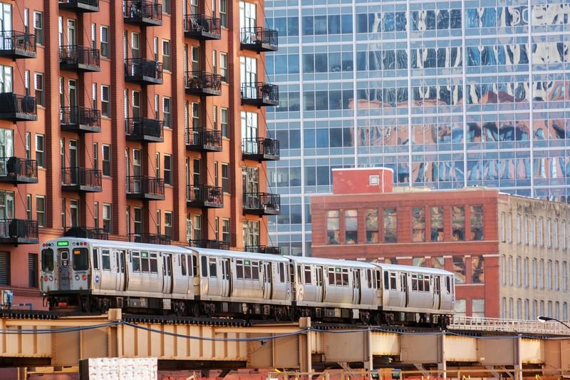 Chicago El Train.jpg