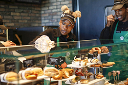 dl3-_0005_ct-englewood-starbucks-opening-0928-biz-20160927.jpg