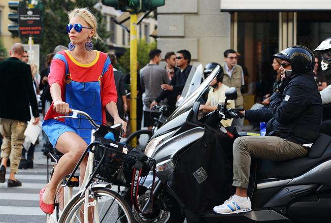 bike, bright, blue, heidi braids, legs, model