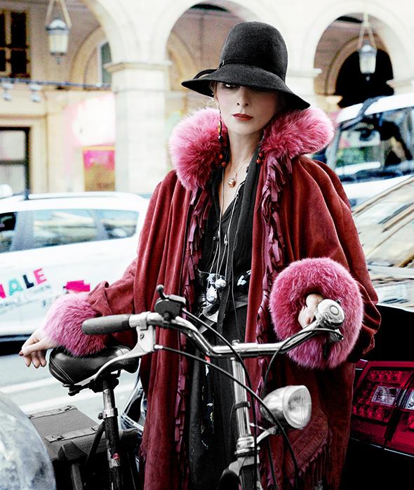 bikepretty, bike pretty, cycle style, cycle chic, bike model, girl on bike, bike fashion, cute bike, biking in heels, biking in a skirt, catherine baba, katherine baba, stylist, australian, paris