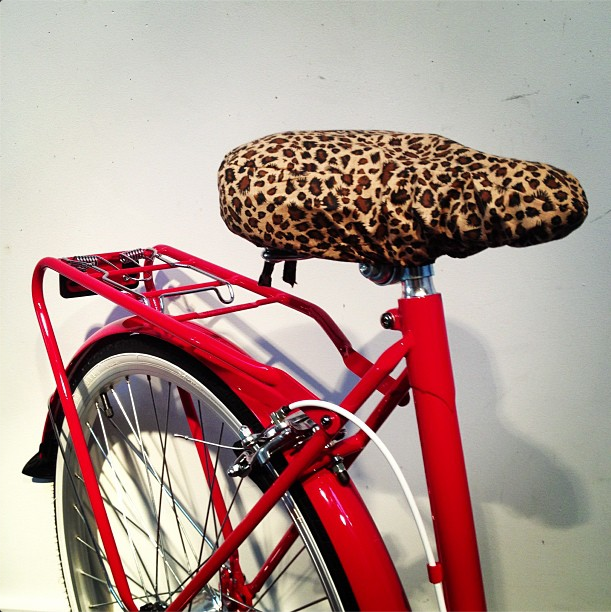 bike pretty, bike pretty, cycle style, cycle chic, leopard print, vintage bike, brighton
