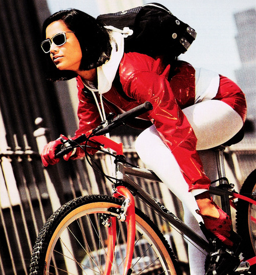 bikepretty, bike pretty, cycle style, cycle chic, bike model, girl on bike, bike fashion, cute bike, just seventeen, vintage magazine, 90s, august 1991, nineties, 1990s, girl bike messenger
