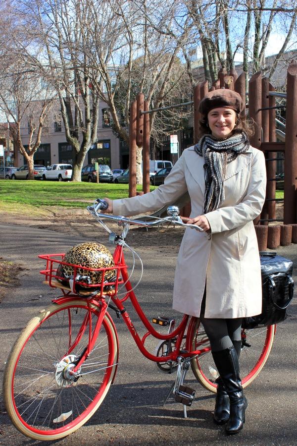 bikepretty, bike pretty, cycle style, cycle chic, bike model, girl on bike, bike fashion, bicycle fashion, bicycle fashion blog, cute bike, vintage, girls on bikes, model on bike,