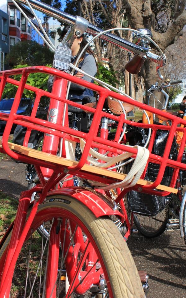 bikepretty, bike pretty, cycle style, cycle chic, bike model, girl on bike, bike fashion, bicycle fashion, bicycle fashion blog, cute bike, vintage, girls on bikes, model on bike, viva bike, viva juliett