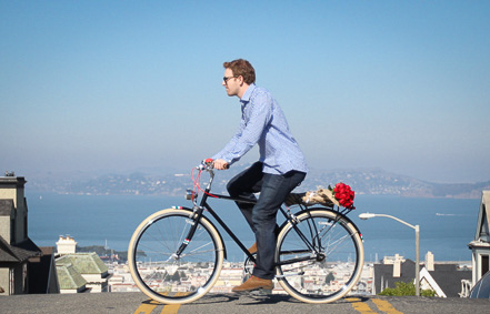 bikepretty, bike pretty, cycle style, cycle chic, bike model, bike fashion, cute bike, flower delivery, san francisco, bike messenger, bike delivery, flowers, valentines flowers, roses, public bikes, bloom that