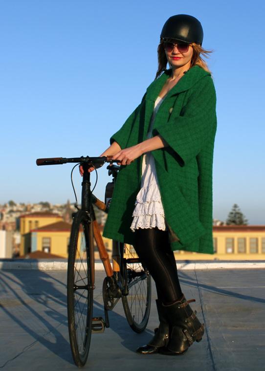 bikepretty, bike pretty, cycle style, cycle chic, bike model, girl on bike, bike fashion, bicycle fashion, bicycle fashion blog, cute bike, vintage, girls on bikes, model on bike, bike girls cute, vintage coat, emerald green