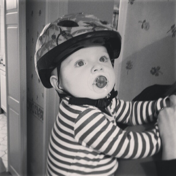 bikepretty, bike pretty, cycle style, cycle chic, bike model, girl on bike, bike fashion, bicycle fashion, bicycle fashion blog, cute bike, vintage, girls on bikes, model on bike, street style, baby, helmet, stripes