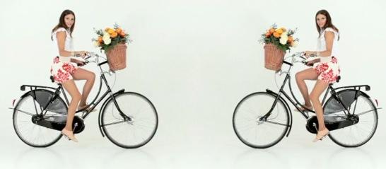 bikepretty, bike pretty, cycle style, cycle chic, bike model, girl on bike, bike fashion, bicycle fashion, bicycle fashion blog, cute bike, vintage, girls on bikes, model on bike, bike girls cute, Olivia Palermo, Oscar de la renta, outnet
