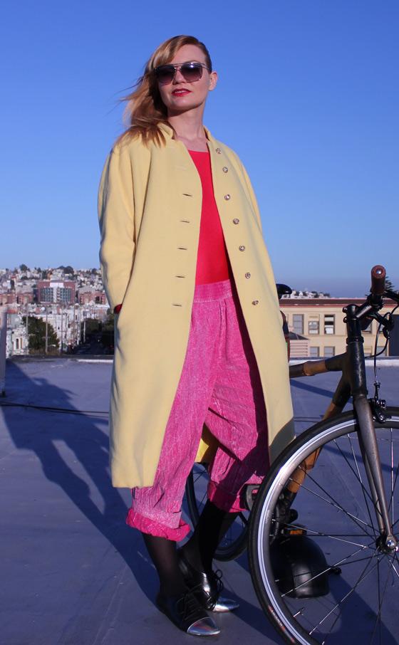 outfit of the day, bikepretty, bike pretty, cycle style, cycle chic, bike model, cute bike, street style, bike fashion, girls on bikes, girl on a bike, bike girl, bicycle girl, cute bicycle girl, fashion girls on bikes, vintage, bike chic, zubaz, acid washed, ezze wear, 90s pants