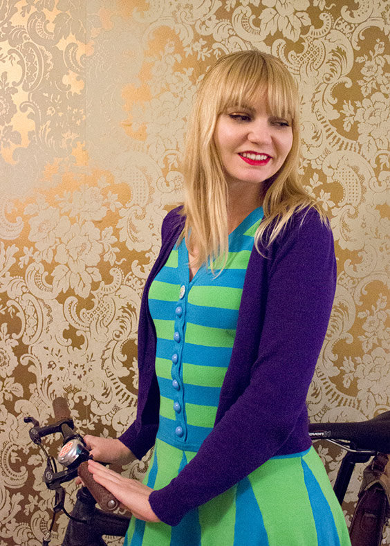 bikepretty, bike pretty, cycle style, cycle chic, bike model, cute bike, street style, bike fashion, bike in a skirt, girls on bikes, girl on a bike, bike girl, bicycle girl, cute bicycle girl, fashion girls on bikes,