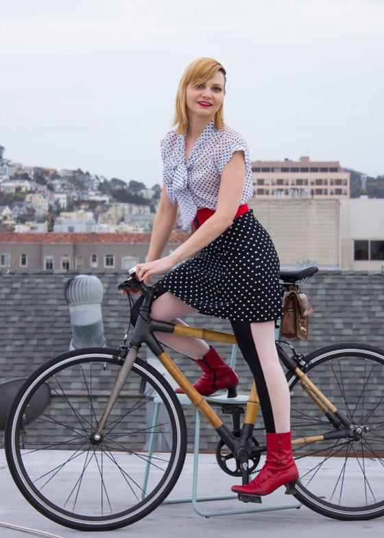 bikepretty, bike pretty, cycle style, cycle chic, bike model, girl on bike, bike fashion, bicycle fashion, bicycle fashion blog, cute bike, girls on bikes, model on bike, bike girls cute, polka dot, black and white, outfit of the day