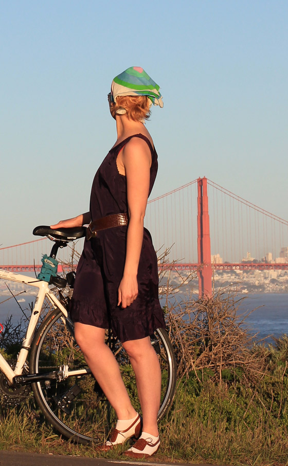 bikepretty, bike pretty, cycle style, cycle chic, bike model, cute bike, bike fashion, girls on bikes, girl on a bike, bike girl, bicycle girl, cute bicycle girl, fashion girls on bikes, vintage, bike chic, outfit ideas, golden gate bridge, san francisco, bike in a dress