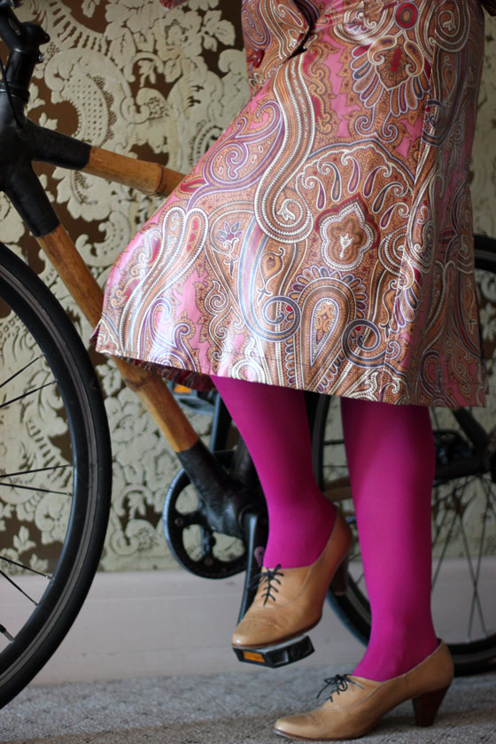 bike pretty, bike pretty, pretty bike, girls on bikes, cool bike helmets, cute bike helmets, girls on bike, cycle style, fashion bike, bike fashion, bike chic, chic bike, bike in a skirt, bike style, outfit ideas, girl on bike, bike lady, cycle chic, etro, paisley