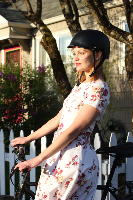 bike pretty, bikepretty, pretty bike, girls on bikes, outfit ideas, cycle style, fashion bike, bike fashion, bike chic, bike style, girl on bike, bike lady, cycle chic, outfit ideas, bike in a dress, bike in a skirt, bike dress, rose print, combat boots, portland