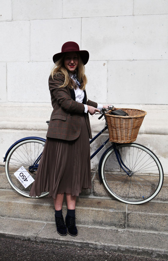 Cute outfit at the London Tweed Run, 2013