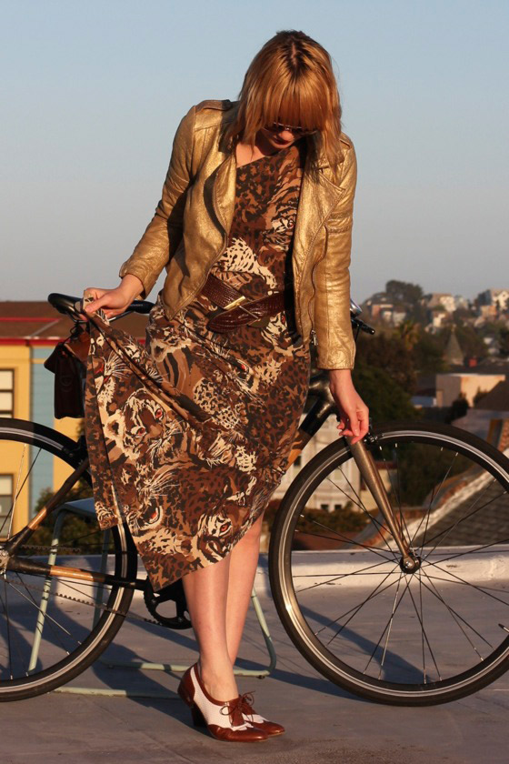chic bicycle, bikepretty, bike pretty, cycle style, cycle chic, bike chic, bike model, girl on bike, bike fashion, bicycle fashion, bicycle fashion blog, cute bike, girls on bikes, model on bike, bike girls cute, how to bike, maxi skirt, long skirt, vintage, leopard print, gold jacket