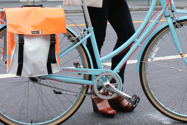bike pretty, bikepretty, pretty bike, girls on bikes, outfit ideas, cycle style, fashion bike, bike fashion, bike chic, bike style, girl on bike, cycle chic, bike to work, bike to work day, san francisco, street style, cool bike helmets, biking in heels, biking in wedges, public bikes, public bikes pannier, blue bike, skinny jeans, cute bike girl, denise