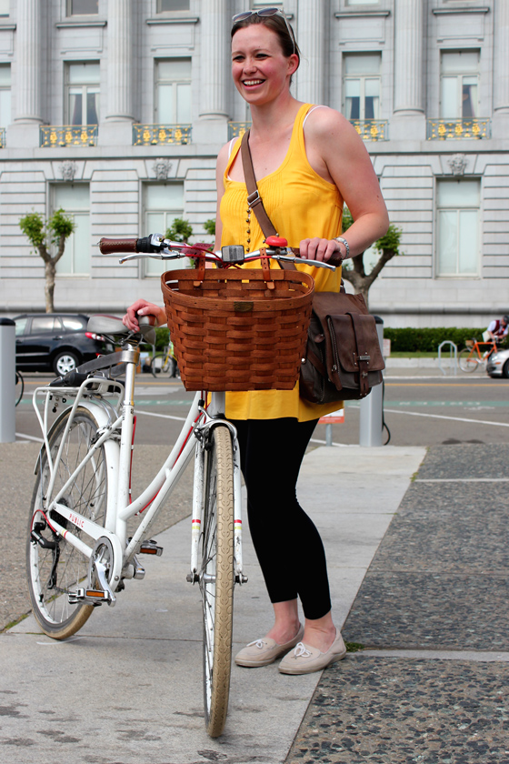 bike pretty, bikepretty, pretty bike, girls on bikes, outfit ideas, cycle style, fashion bike, bike fashion, bike chic, bike style, girl on bike, cycle chic, bike to work, bike to work day, san francisco, street style, cute bike girl, white bike, public bikes, white public bike