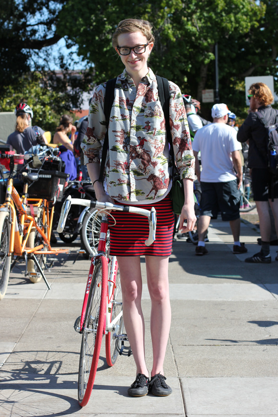 bike pretty, bikepretty, pretty bike, girls on bikes, outfit ideas, cycle style, fashion bike, bike fashion, bike chic, bike style, girl on bike, cycle chic, bamboo bike studio, piper, maker faire, maker faire bike ride, DIY, outfit ideas, street style, stripes