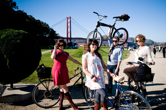 bike pretty, bikepretty, pretty bike, girls on bikes, outfit ideas, cycle style, fashion bike, bike fashion, bike chic, bike style, girl on bike, cycle chic, velo vogue, meligrosa, golden gate bridge, san francisco