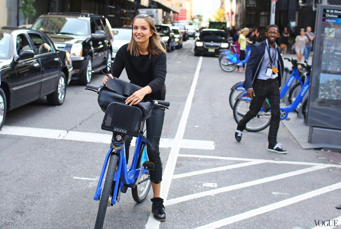 bike pretty, bikepretty, pretty bike, girls on bikes, cycle style, fashion bike, bike fashion, bike chic, bike style, cycle chic, new york fashion week, 2014, nyfw14, nyfw, street style, new york, fashion week, citi bike, bike share