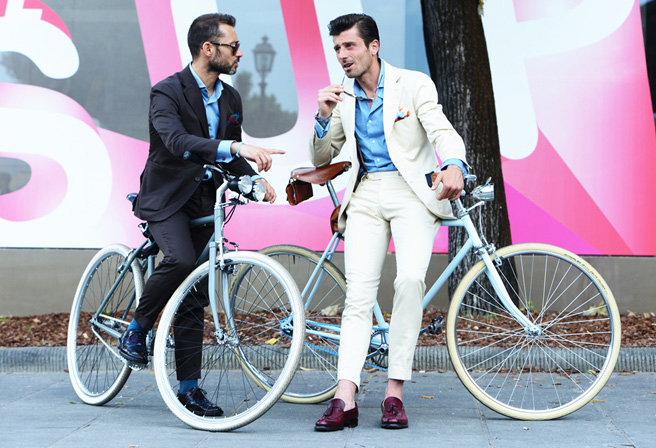 bike pretty, bikepretty, pretty bike, girls on bikes, cycle style, fashion bike, bike fashion, bike chic, bike style, cycle chic, milan, menswear, 2014, fashion week, street style, tommy ton, bike suits, men on bikes, bike man