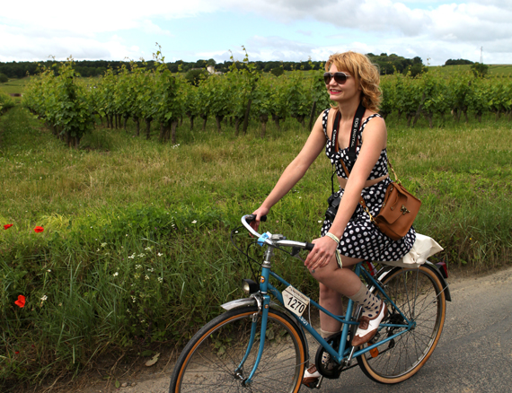 bike pretty, bikepretty, pretty bike, girls on bikes, cycle style, fashion bike, bike fashion, bike chic, bike style, cycle chic, vintage bike ride, anjou velo vintage, vintage, vintage style, vintage fashion, france, french style, outfit ideas