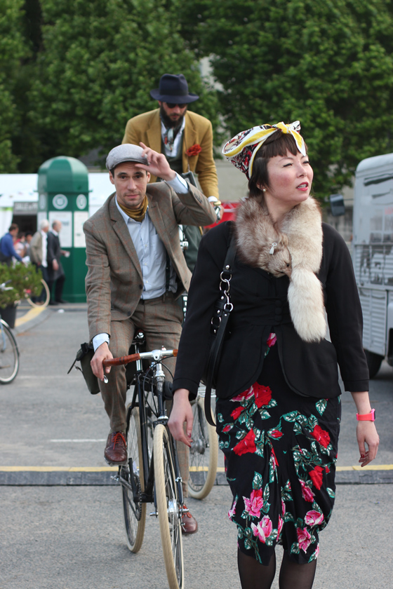 Jenni, sebastien, petor, london bike kitchen, bike pretty, bikepretty, cycle style, fashion bike, bike fashion, bike chic, bike style, cycle chic, vintage bike ride, anjou velo vintage, vintage, vintage style, vintage fashion, france, french style, outfit ideas