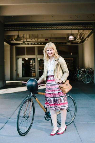 bike pretty, bikepretty, pretty bike, girls on bikes, cycle style, fashion bike, bike fashion, bike chic, bike style, cycle chic, refinery 29, melissa davies, 22 chic bikers zipping in sf, san francisco, biker style, ashley batz